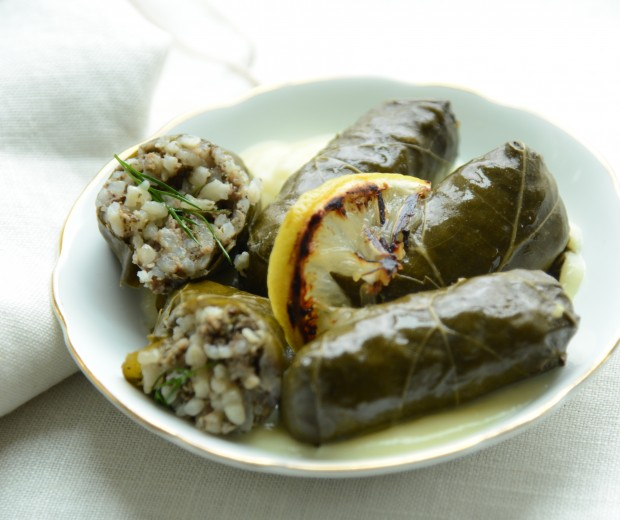 Dolma with Lemon Sauce